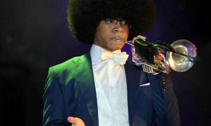 William Leathers performing at the 2018 Black Diamond Ball