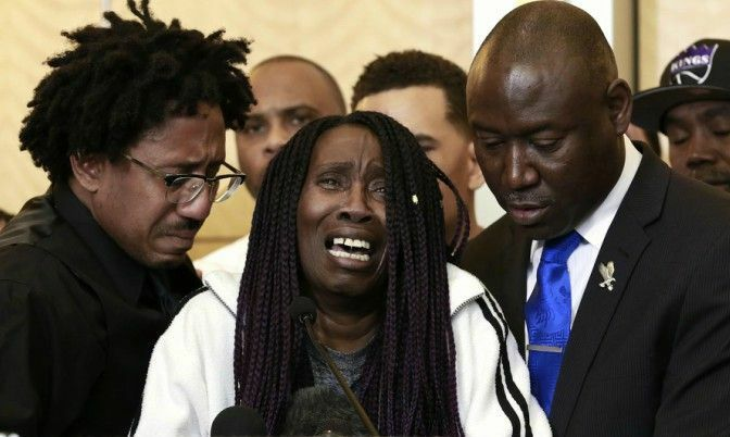 "They've wrapped their reprimand in the shroud of, ""Don't speak ill of the dead."" They do not see how their approach speaks volumes about them. Black men who refuse to give Black women space to feel angry about Stephon Clark's misogyny show that the only justice that matters to them is the kind they benefit from. They reduce Black women to emotional mules who should cry for them as we ignore our own pain. They ask us for solidarity without a single thought to how they could stand beside us too.    A tearful Sequita Thompson, center, discusses the shooting of her grandson, Stephon Clark, during a news conference. (Rich Pedroncelli / Associated Press)"