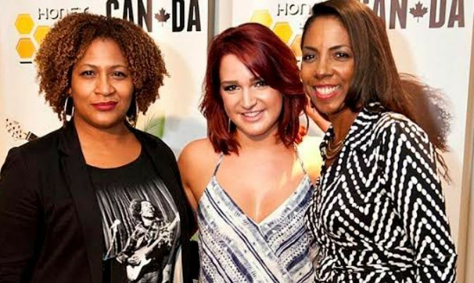 Vivian Barclay of Warner Chappell Music Publishing,recording artist Victoria Duffield, Honey Jam Founder Ebonnie Rowe