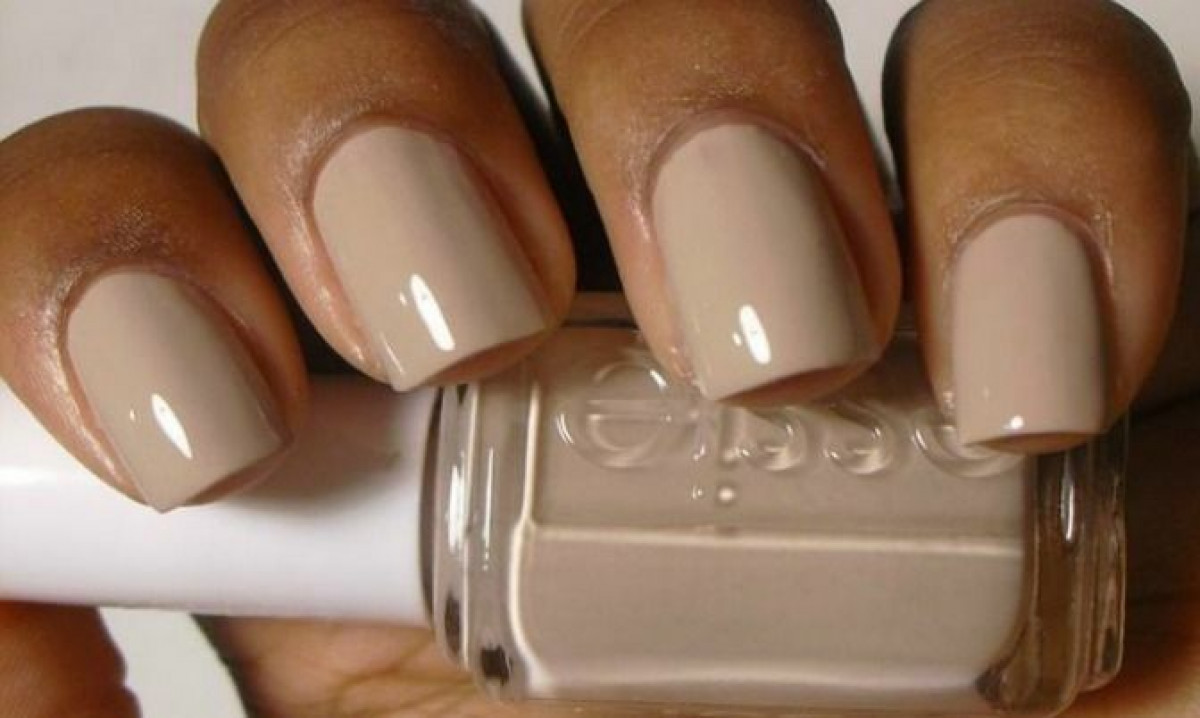 NAILHACKS: Foolproof Ways to Perfect-Looking, Chip-Free Nails Anytime