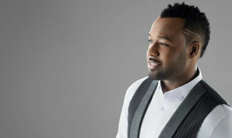 Award-winning Gospel Artist VaShawn Mitchell On Getting Past Your Past