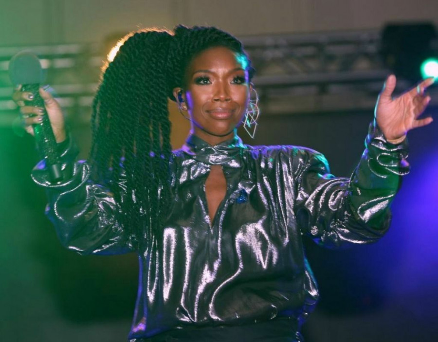 Brandy Sparkles At Black Diamond Ball